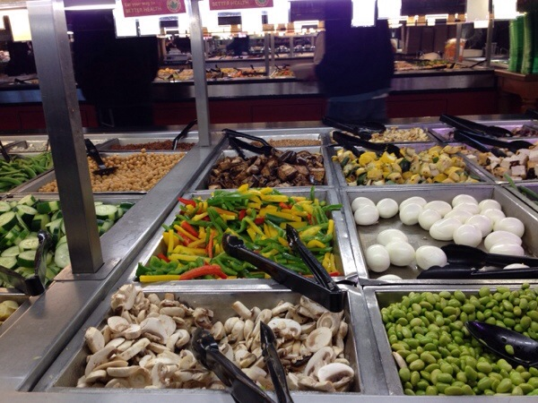 Salad bar at whole foods doug reports for Food bar whole foods